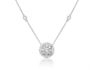 14K Round Diamond Cluster Necklace