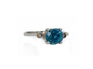 14K Oval Blue Zircon Ring