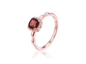 14K Cushion Cut Garnet Ring