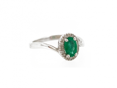 14K Swirl Ring with Oval Emerald and Diamond Halo 1