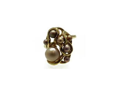 14K Swirl Ring with 7 Concho Pearls 1